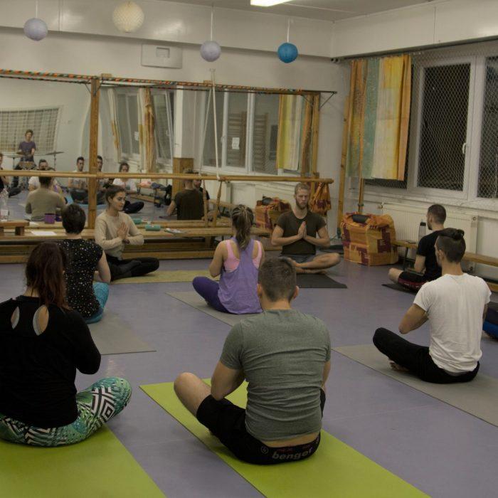 Yoga-es-Acro-Yoga-ws (1)