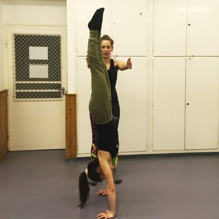 kezallas-es-acro-yoga-ws-2020.02.22 (15)