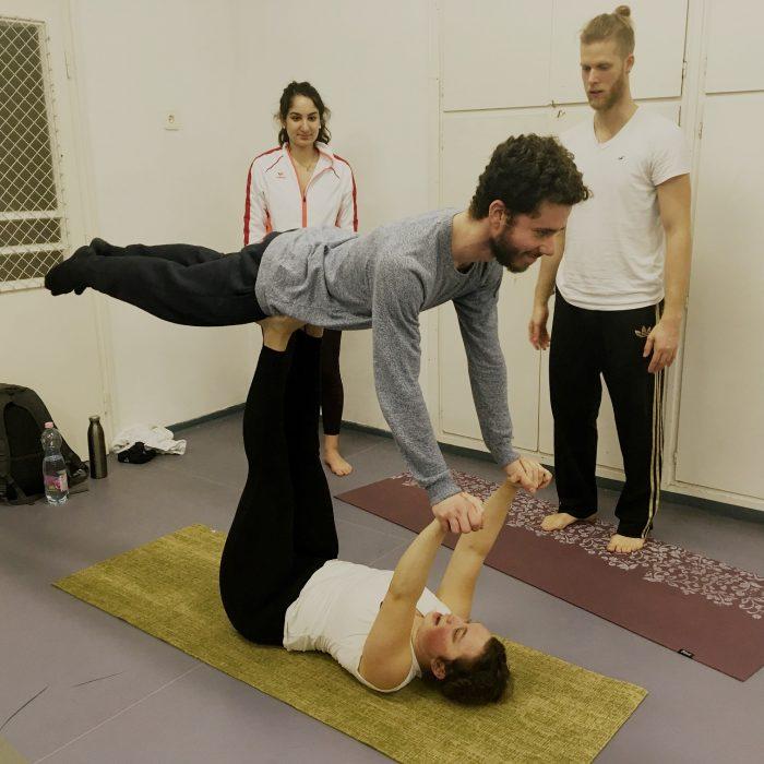 kezallas-es-acro-yoga-ws-2020.02.22 (31)