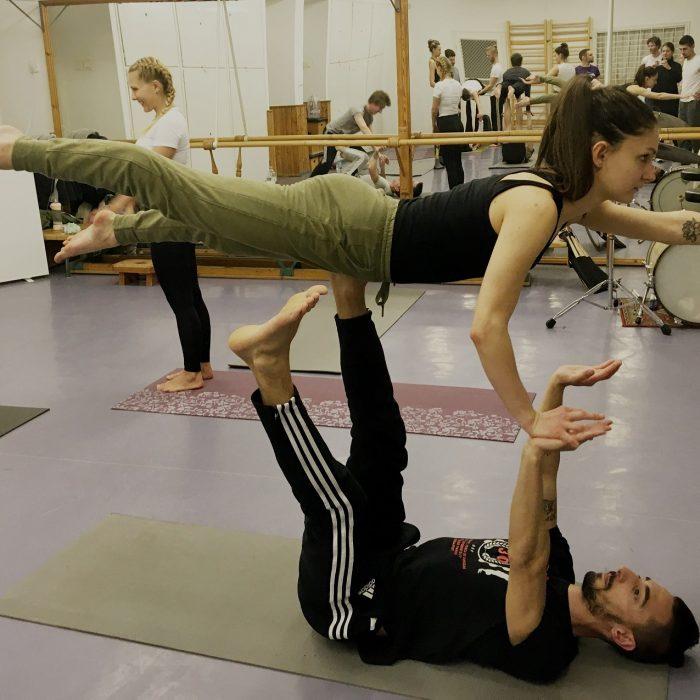 kezallas-es-acro-yoga-ws-2020.02.22 (33)