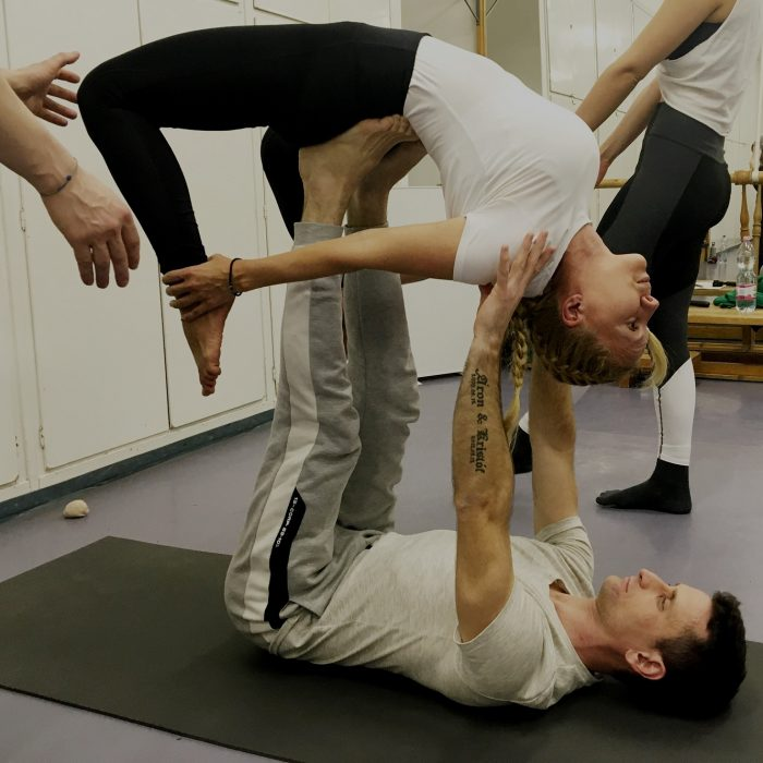 kezallas-es-acro-yoga-ws-2020.02.22 (38)