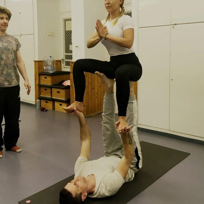 kezallas-es-acro-yoga-ws-2020.02.22 (42)
