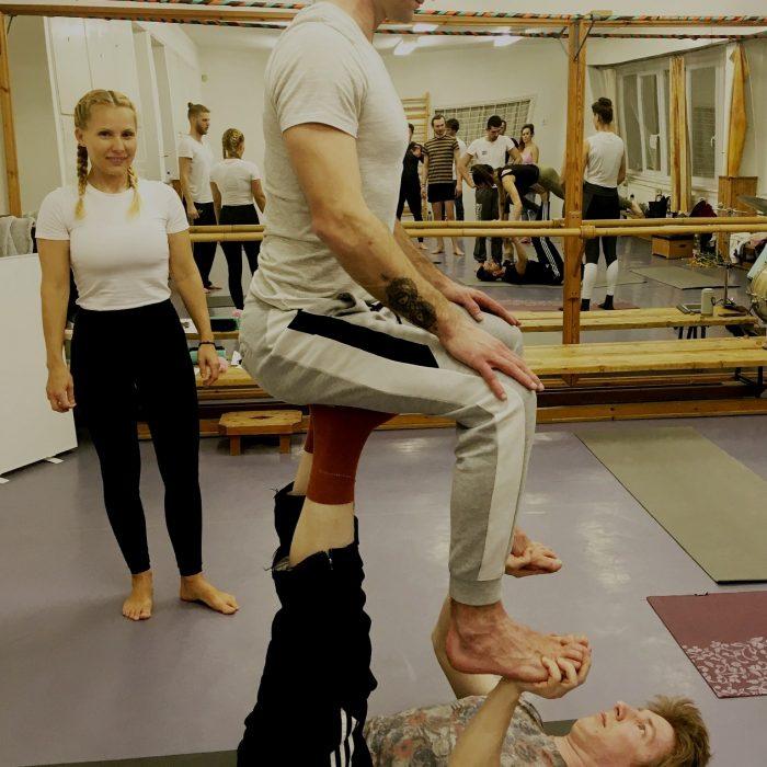 kezallas-es-acro-yoga-ws-2020.02.22 (48)