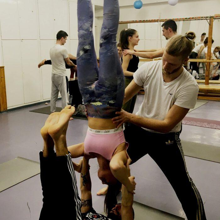 kezallas-es-acro-yoga-ws-2020.02.22 (52)