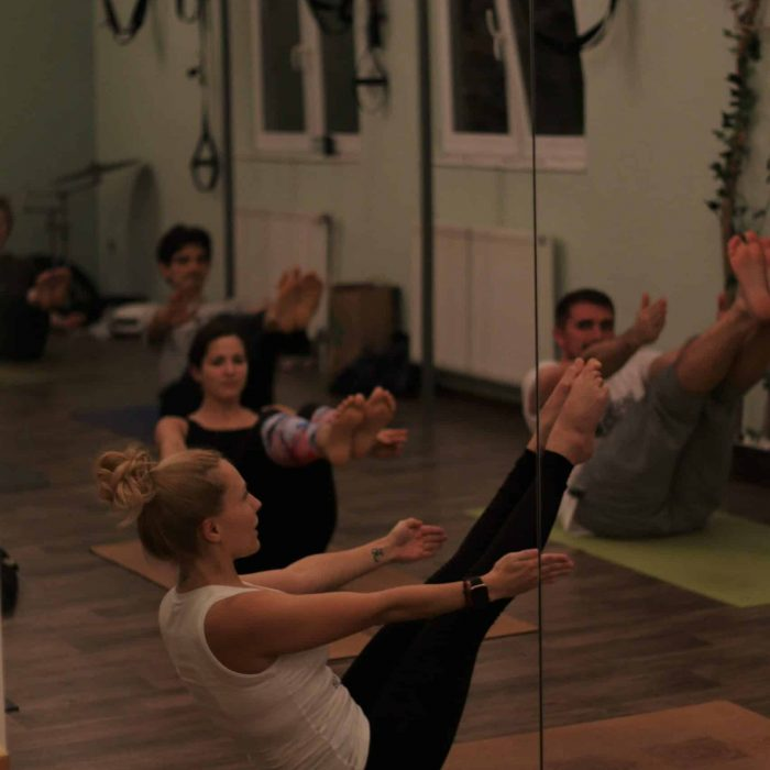 yoga-es-acro-yoga-workshop (10)
