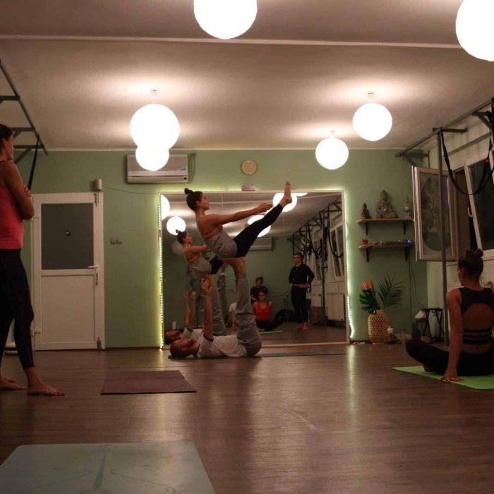 yoga-es-acro-yoga-workshop (12)