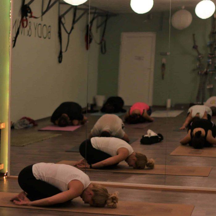 yoga-es-acro-yoga-workshop (2)