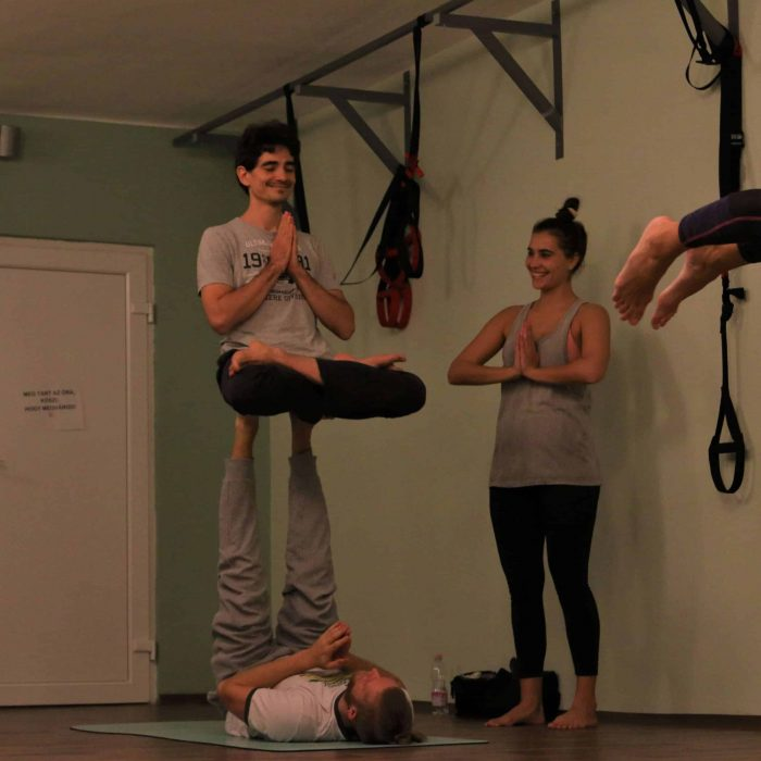 yoga-es-acro-yoga-workshop (24)