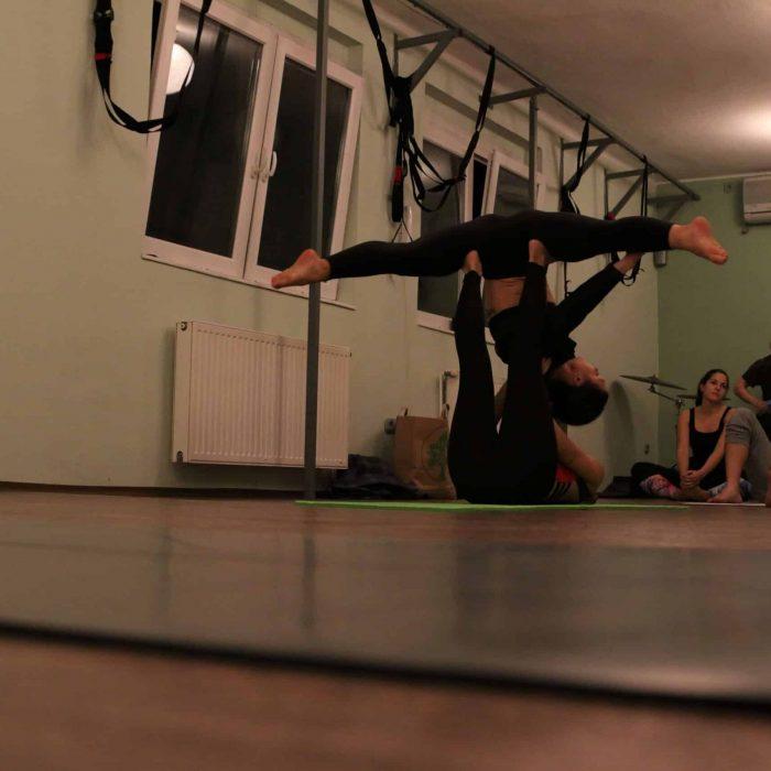 yoga-es-acro-yoga-workshop (25)