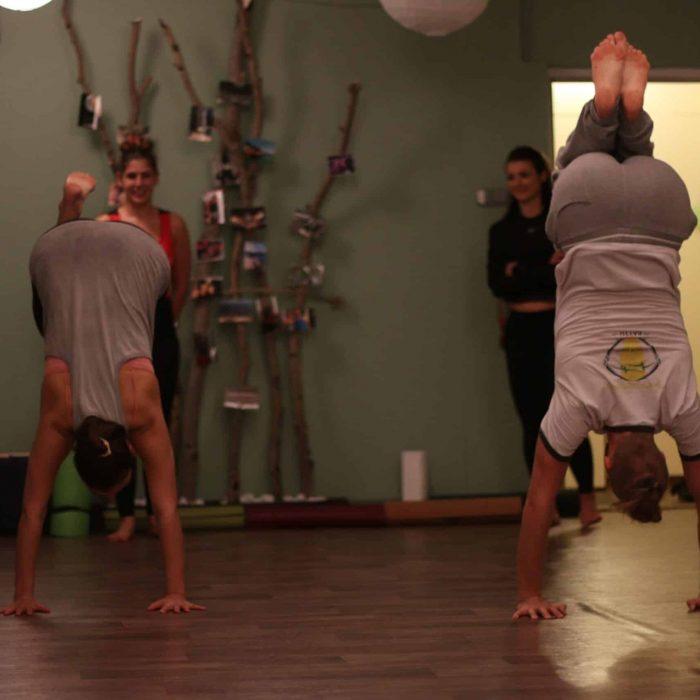 yoga-es-acro-yoga-workshop (3)