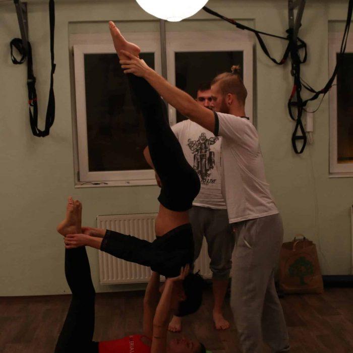 yoga-es-acro-yoga-workshop (32)