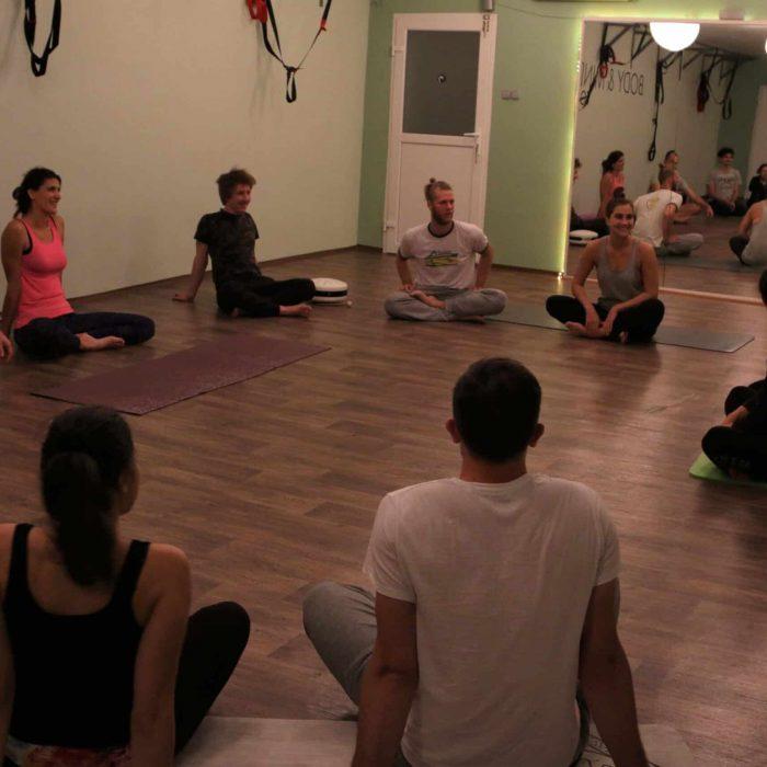 yoga-es-acro-yoga-workshop (33)