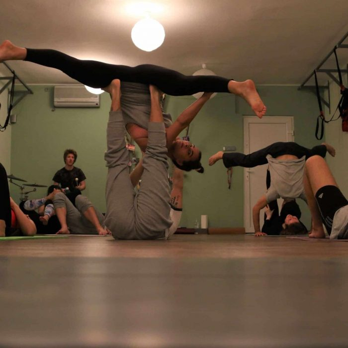 yoga-es-acro-yoga-workshop (6)