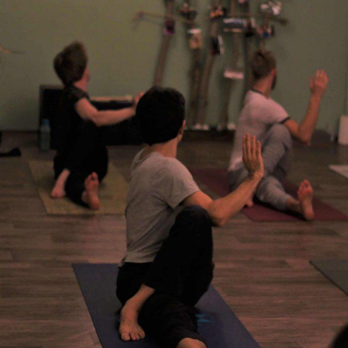 yoga-es-acro-yoga-workshop (8)